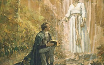 Mormonism vs. Christianity: Is Mormonism Christian? The History and Theology of the Church of Jesus Christ of Latter-day Saints